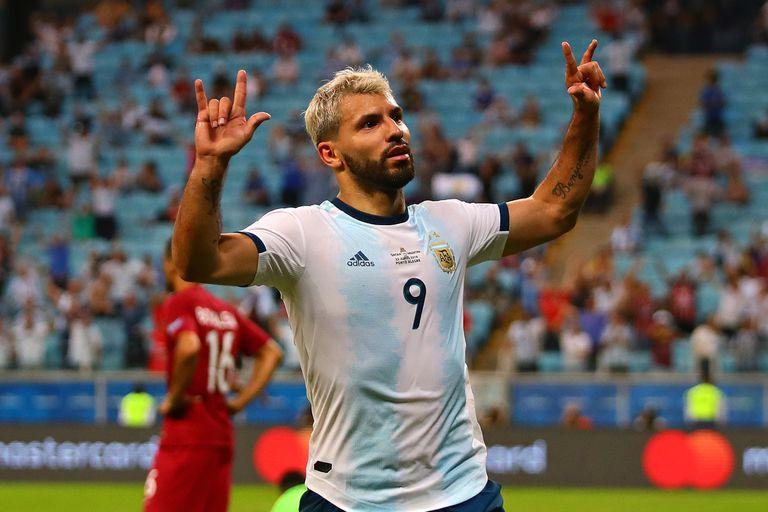 Agüero celebra un gol ante Qatar, durante la última Copa América de Brasil, en 2019