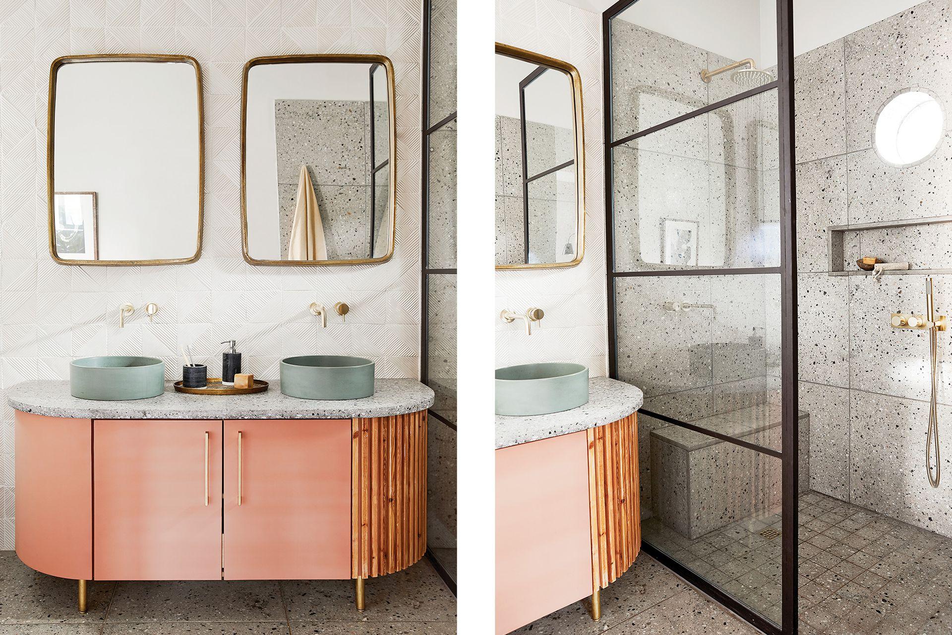 En el baño se combinaron azulejos blancos artesanales (Akashic Tiles) con baldosas de granito que revisten el piso, el box de ducha y también la mesada.