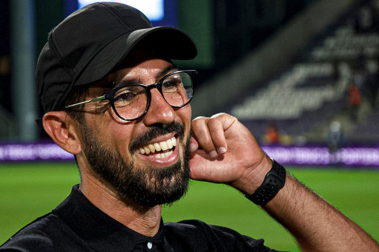 A los 38 años, Hernán Losada se convirtió en el entrenador más joven en la actual MLS