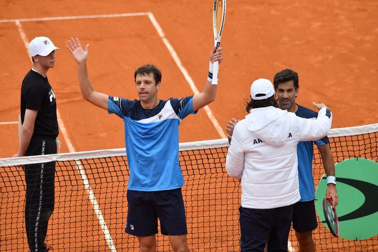 Horacio Zeballos y Machi González, en el último partido ante Belarús