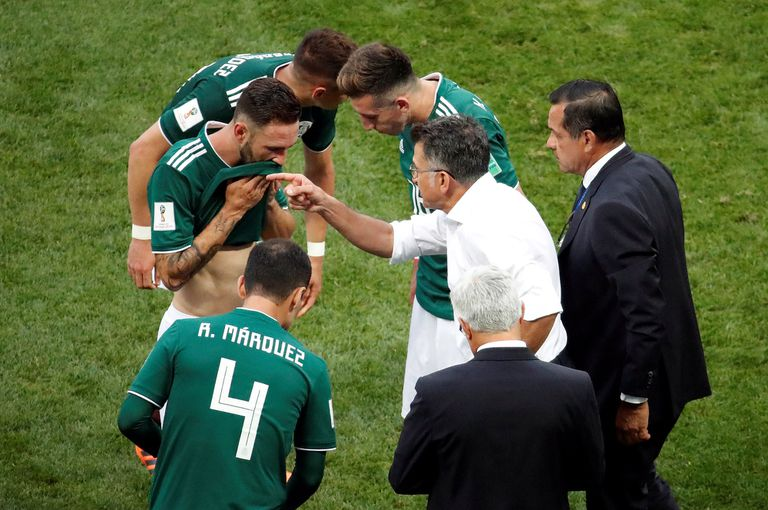 Osorio: fue mozo, albañil y hoy es DT de México, la sensación de Rusia 2018