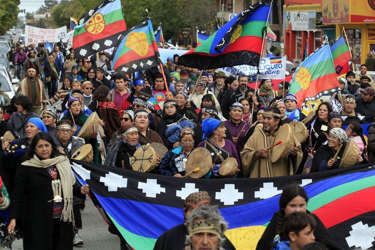 En los últimos meses recrudecieron los conflictos violentos con los mapuches en el sur argentino