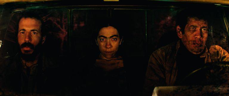 Terror clase B, elementos del policial y paisajes montañosos en un film cautivante