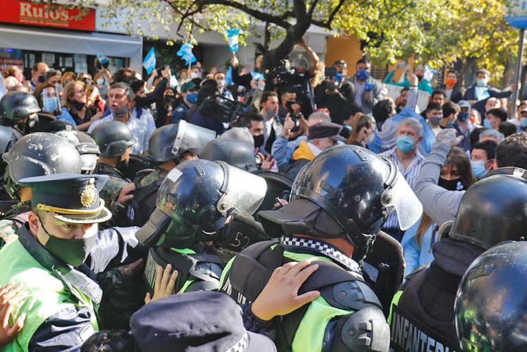 Hubo momentos de tensión en Tucumán