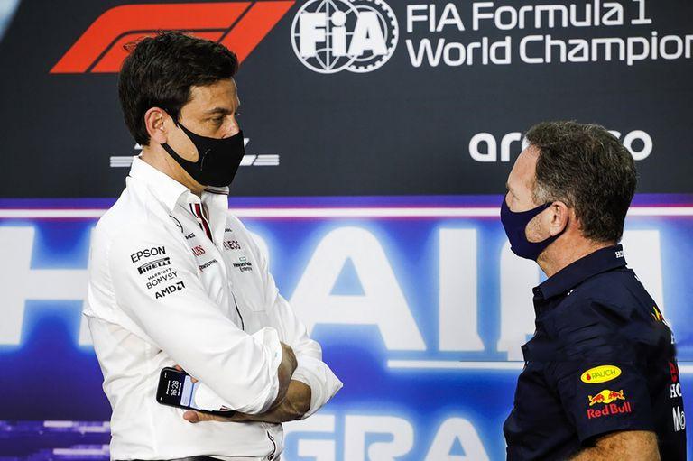 Los jefes de Mercedes y Red Bull le ponen más pimienta al duelo Hamilton-Verstappen