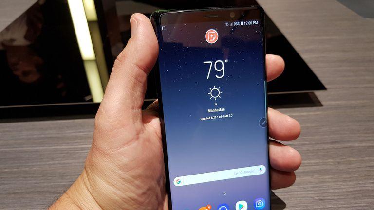 El Galaxy Note 8 tiene casi el mismo tamaño que el S8+, e incluye la misma pantalla casi sin marcos laterales
