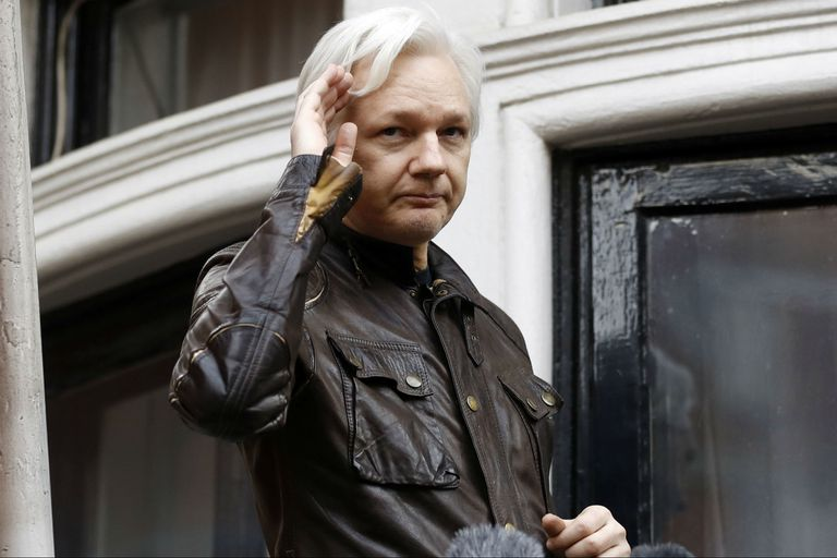 Revelan un plan frustrado de Rusia para ayudar a Assange a huir de Gran Bretaña