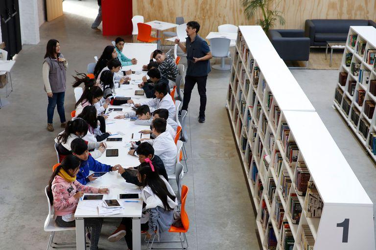 """La nueva biblioteca expandida: libros, concursos de rap y """"food trucks"""""""