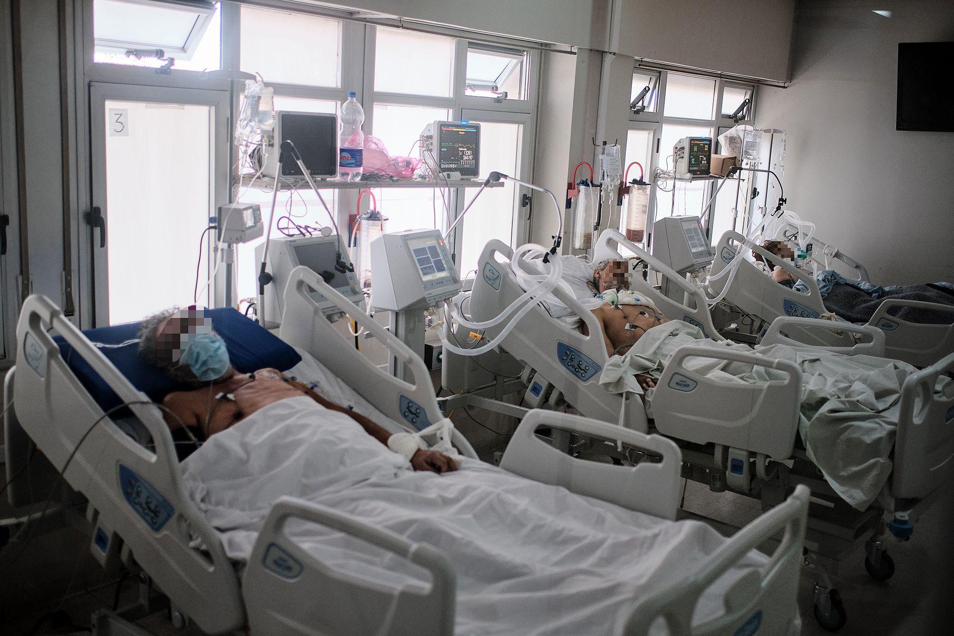 Los pacientes en la sala que era de fonoaudiología