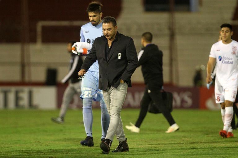 Huracán cayó como local ante Emelec y fue eliminado de la Copa Libertadores