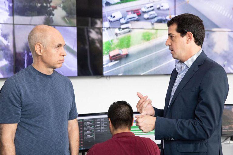 """Martín Guzmán y Eduardo de Pedro convocaron al jefe de gobierno porteño, Horacio Rodríguez Larreta, a un encuentro para """"acordar criterios comunes"""" en el proceso de traspaso de la Policía Federal."""