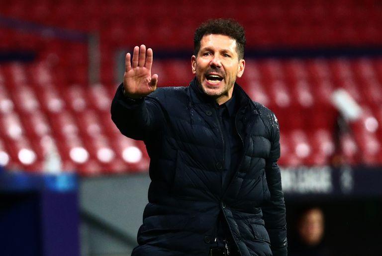 """Simeone. Doble alegría: líder de la Liga y premiado como """"DT de la década"""""""