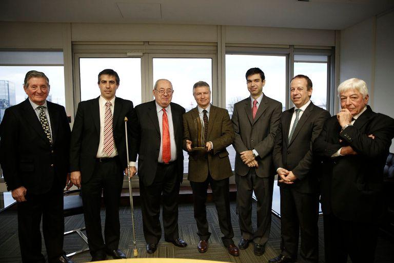 Fuentes, Ignacio, Saguier, Dessein y Etchevers, en LA NACION