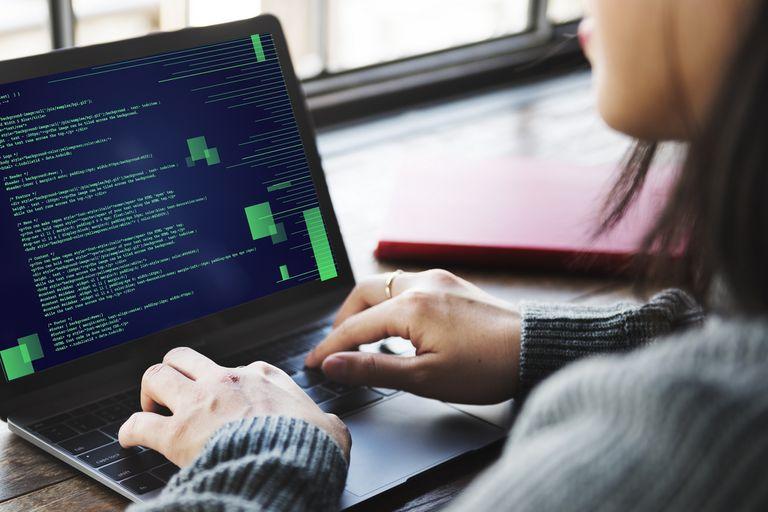 Las mujeres siguen siendo discriminadas en la industria tecnológica