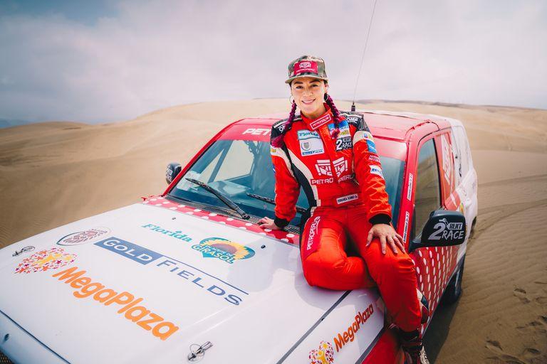 Fernanda Kanno, la única latinoamericana que corre el Dakar