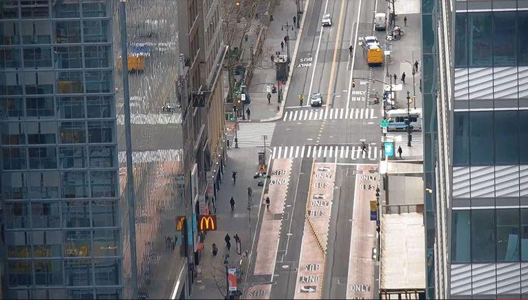 Vista de la calle 42 y Madison Avenue en Nueva York