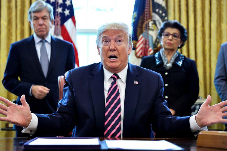 Las crisis sanitaria, económica y racial, un triplete letal para Trump
