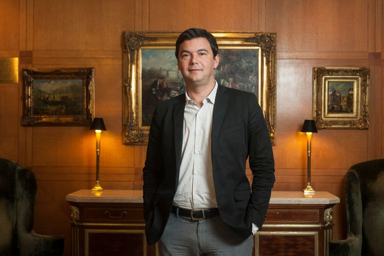 El economista francés Thomas Piketty escribió El Capital en el siglo XXI, un bestseller global