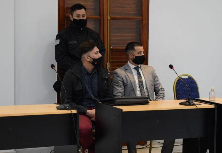 Patricio Pioli (a la izquierda) fue condenado por amenazas