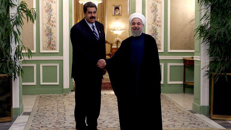 El líder supremo de Irán, Alí Jameneí, y el presidente de Venezuela, Nicolás Maduro