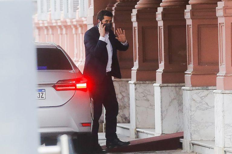 """Eduardo """"Wado"""" de Pedro entrando a Casa de Gobierno"""