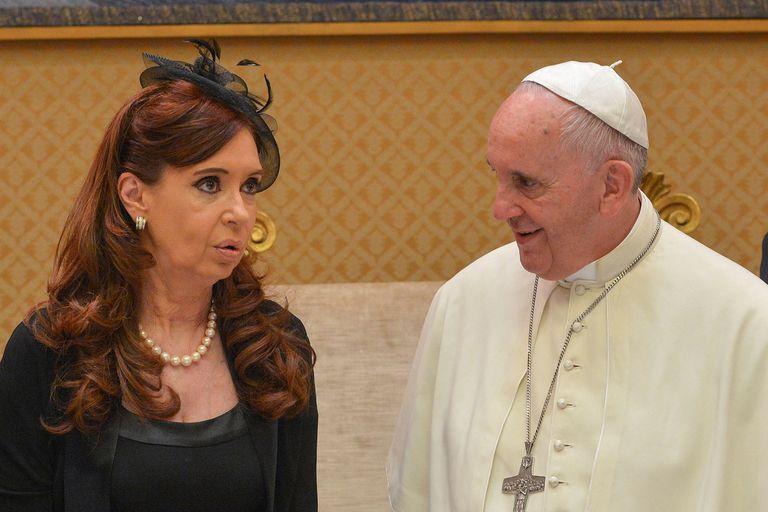 """Carta: el Papa toma distancia de Cristina y """"no está al tanto"""" de la Argentina"""