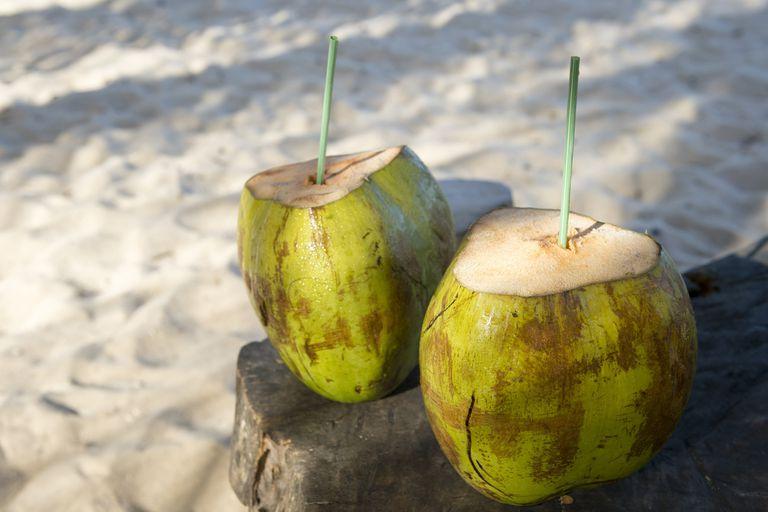 Los clásicos cocos de la playa costarán R$6