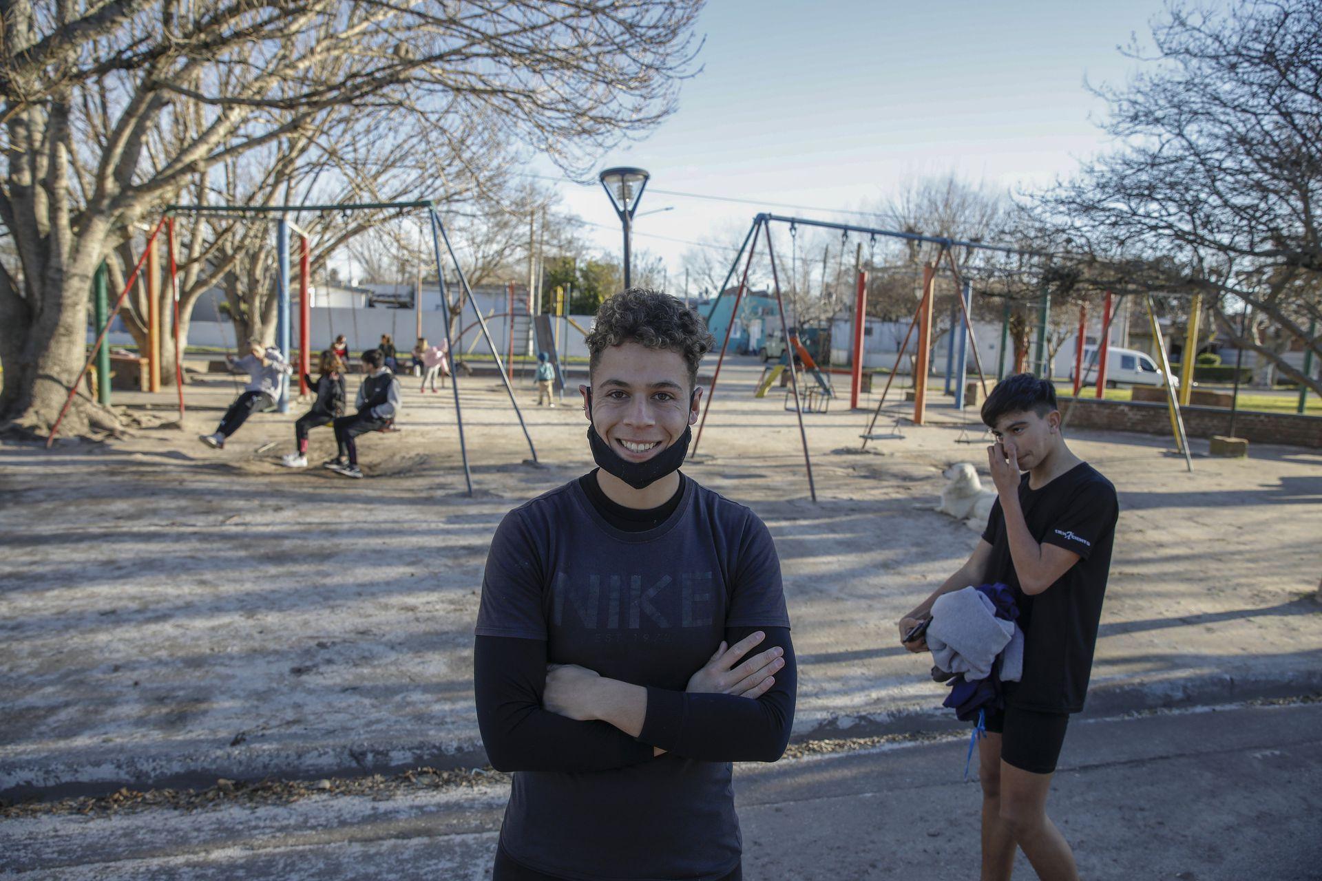Gian Luca Rosas, de 19 años, ya está vacunado