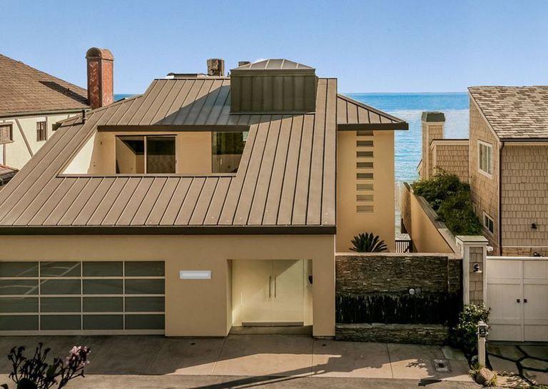 Una de las casas que Sandra Bullock compró en Malibú.