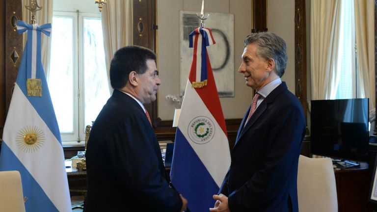 Cartes y Mauricio Macri, en la casa Rosada