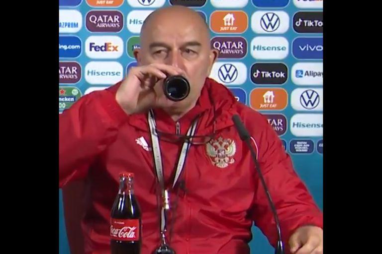 La burla del entrenador de Rusia por el gesto de Cristiano Ronaldo