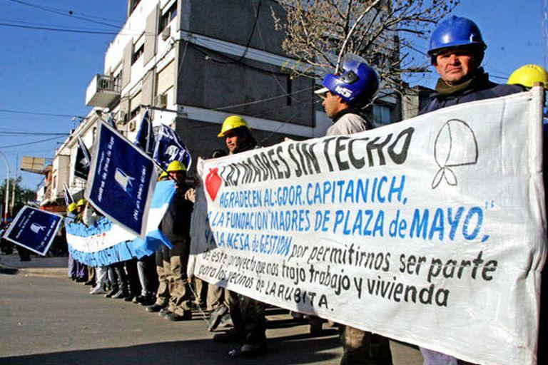 Trabajadores de Sueños Compartidos protestan por las obras en Chaco