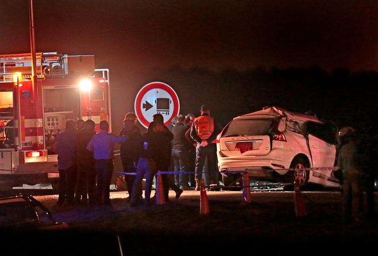 La camioneta de José Manuel De la Sota es custodiada por la Policía