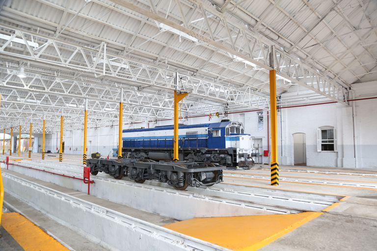 La rusa Transmashholding (TMH) se alzó con una licitación para reparar 24 locomotoras diésel y 160 coches tras ofrecer US$29,7 millones.