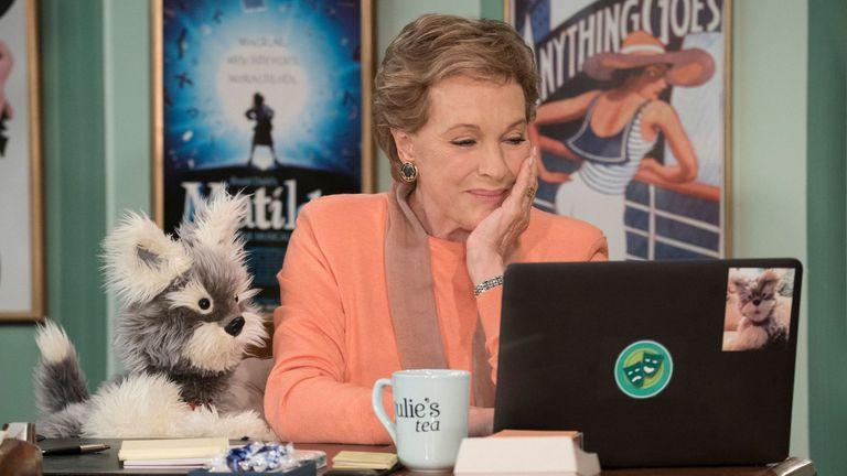 Julie Andrews regresa con Julie''s Greenroom, un programa familiar dedicado a las artes escénicas