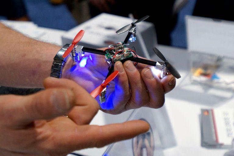 Un Micro Drone de Extreme Fliers