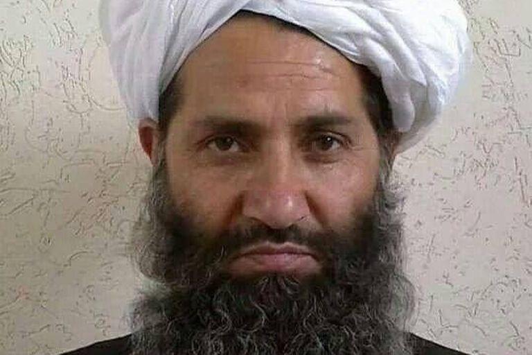 Haibatullah Akhundzada, el líder supremo talibán que todavía se mantiene las sombras