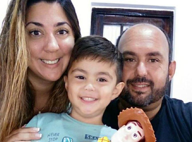 El intendente de la ciudad bonaerense de Baradero, Esteban Sanzio, dio positivo de coronavirus junto con su esposa tras haberse aplicado las dos dosis de la vacuna rusa, Sputnik V.