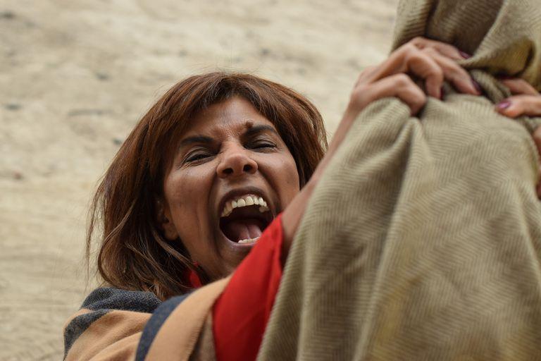 Anamá Ferreira realizó una conmovedora interpretación de la mítica figura de La Difunta Correa