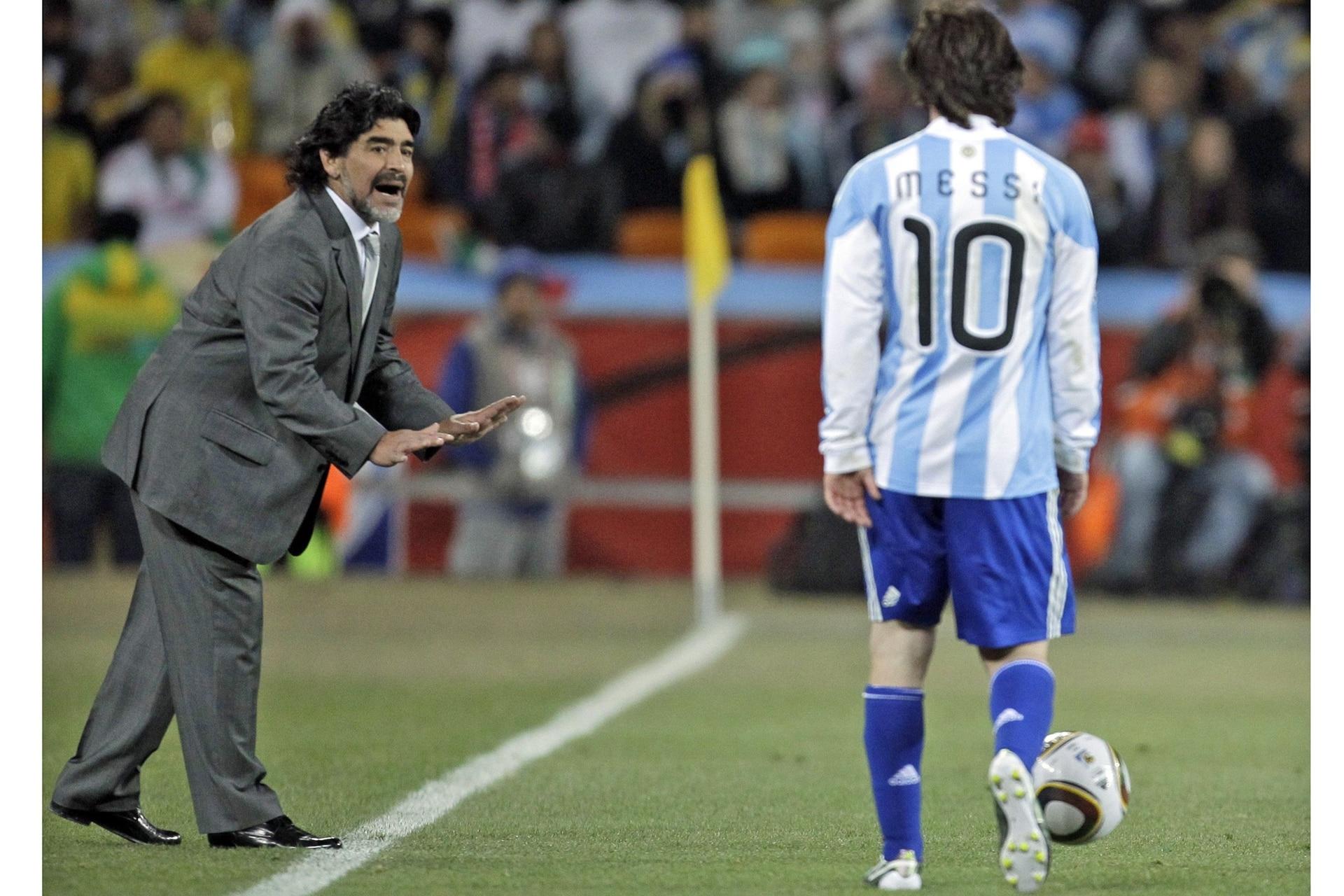 Sudáfrica durante el Mundial 2010 junto a Leo Messi