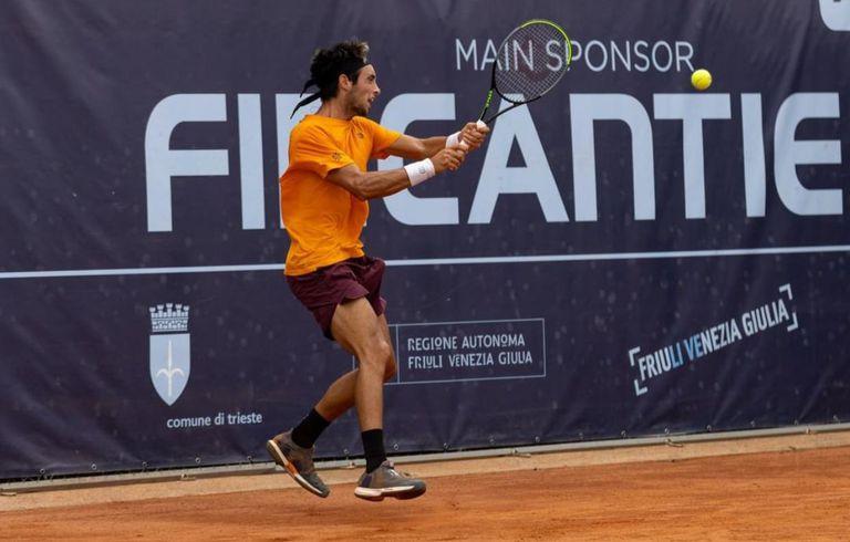 Thiago Tirante llegó desde la qualy y venció al favorito en las semifinales