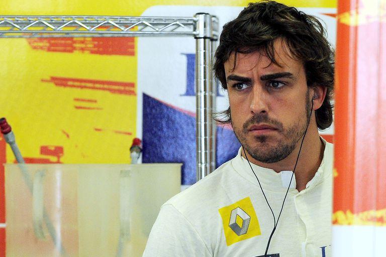 Vuelve Alonso a la F1: su sueldo anual, el saludo de regreso y las reacciones