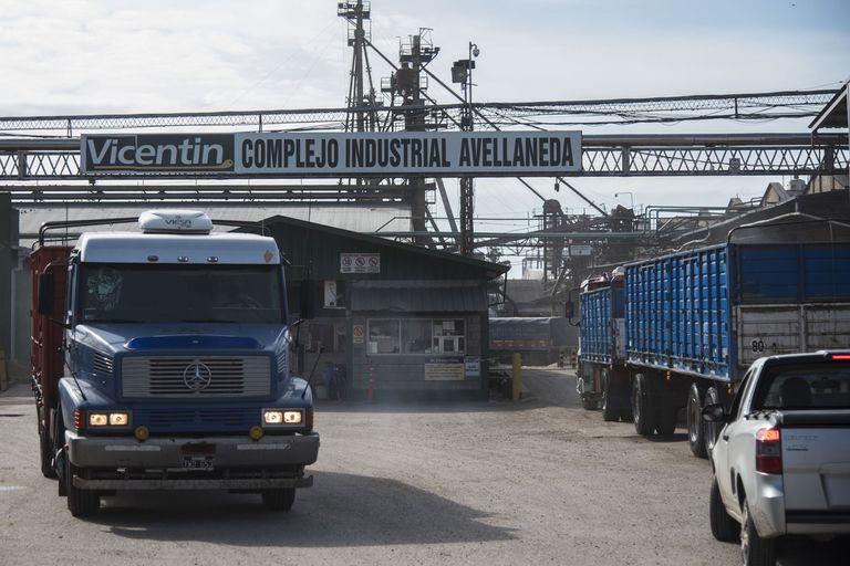 La empresa, si prospera una propuesta, podría pasar a manos de la Asociación de Cooperativas Argentinas (ACA) Molinos Agro y Viterra Argentina