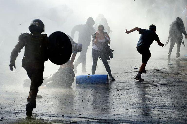 """En enero hubo 37 incidentes, la mayoría en Santiago; """"esto no tiene que ver con demandas sociales"""", señaló el gobierno"""