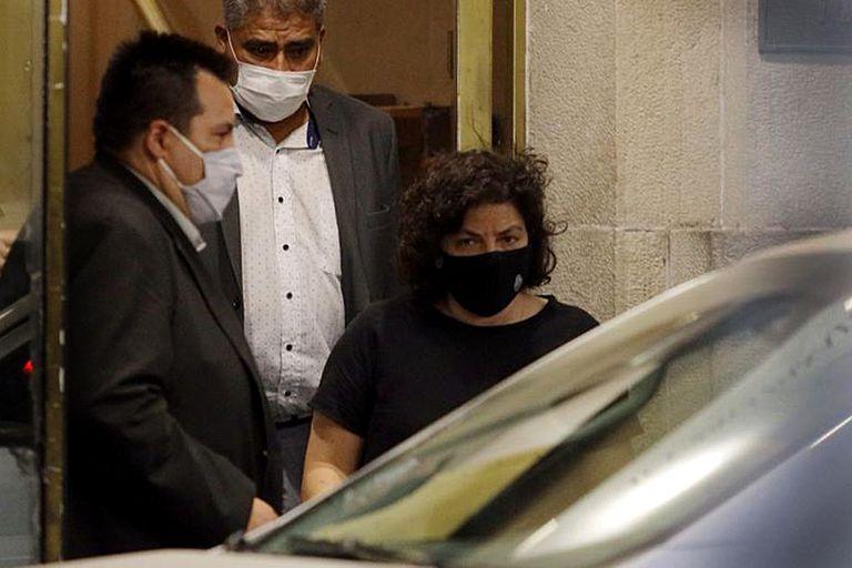 Carla Vizzotti al salir anoche del Ministerio de Salud