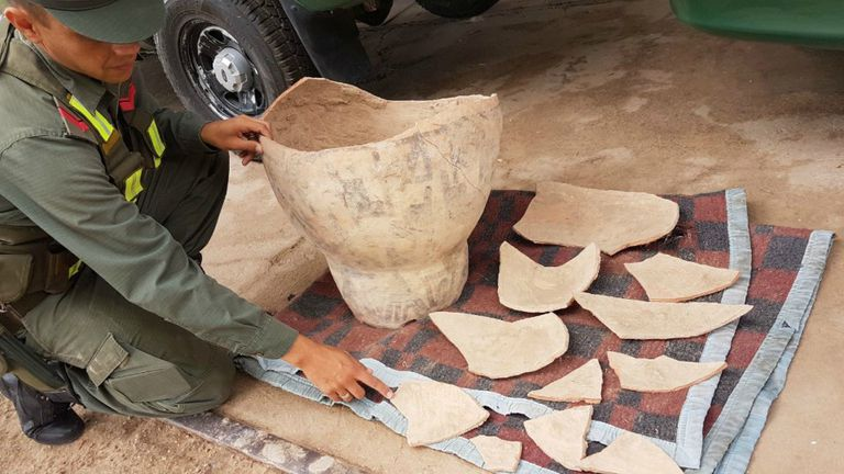 Gendarmería encontró una urna funeraria precolombina