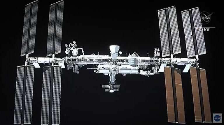 Así se veía la Estación Espacial Internacional en una transmisión de la NASA del pasado 24 de abril