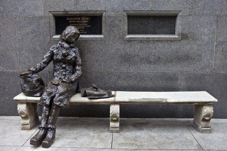 Una parada obligada: la estatua de Eleanor Rigby