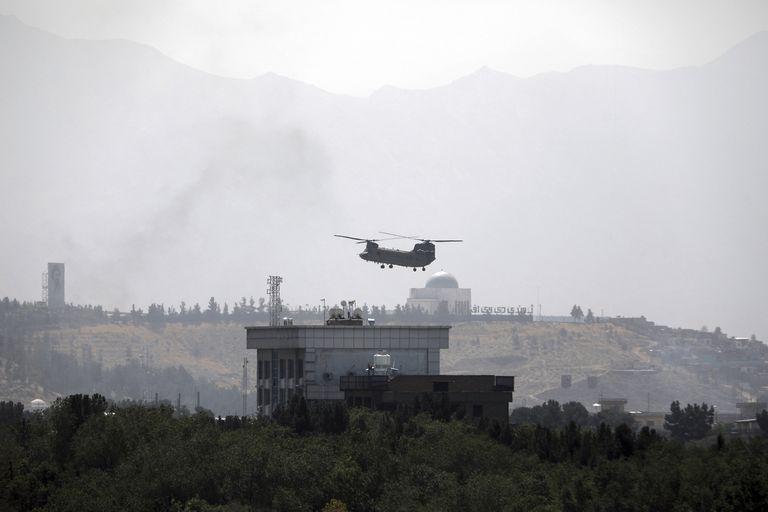 Biden decidió seguir adelante con la retirada de Afganistán que orquestó su predecesor