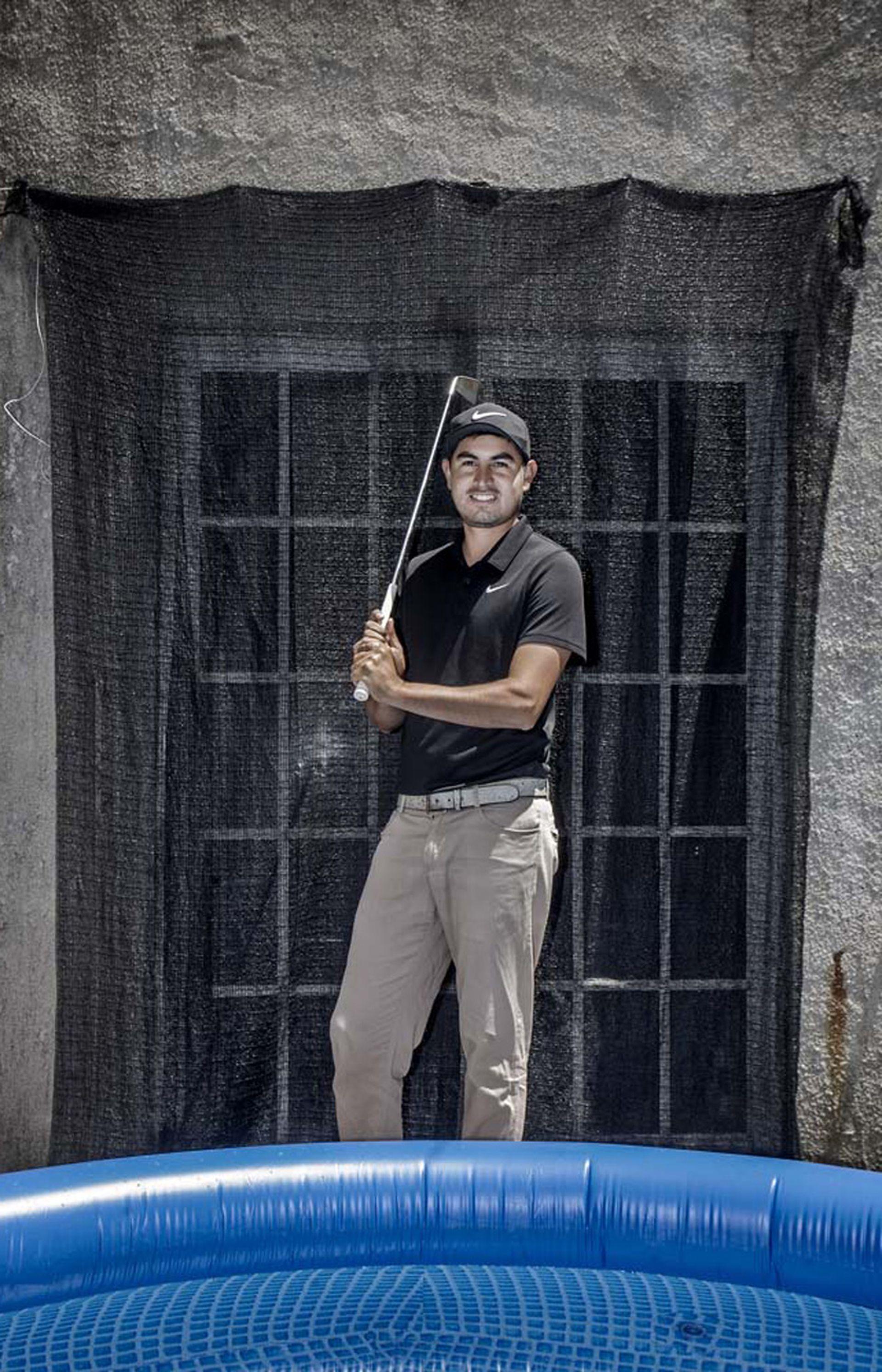 Esteban Gómez, el único que hoy juega en el circuito profesional.